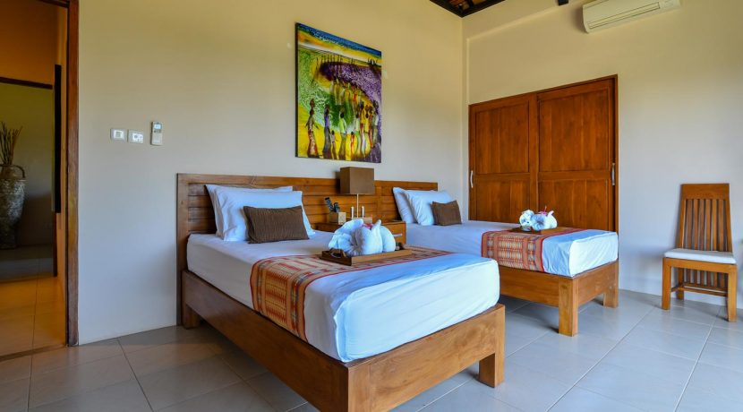 bali-villa-for-sale-guest-twin-bedroom-2