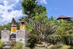 bali-villa-for-sale-house-temple