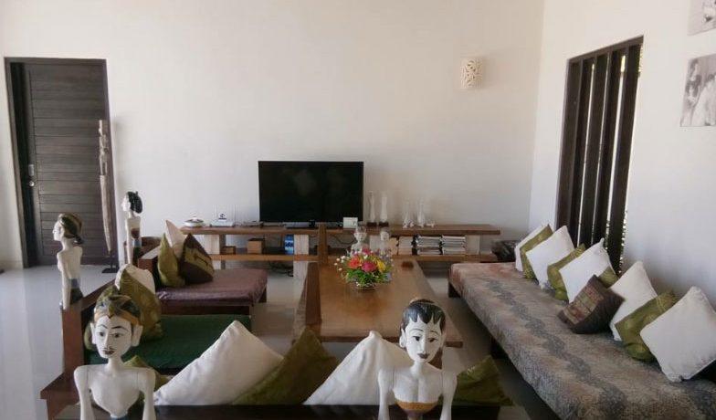bali-beach-villa-for-sale-indoor-living