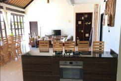 bali-beach-villa-for-sale-kitchen