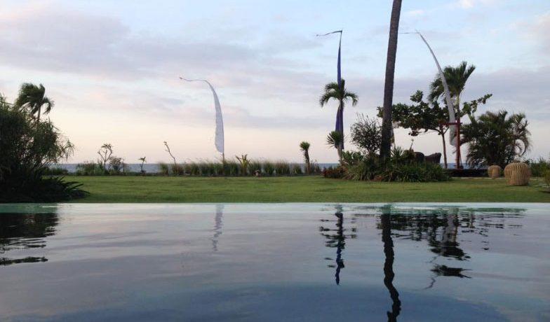 bali-beach-villa-for-sale-pool-view