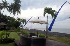 bali-beach-villa-for-sale-sun-deck