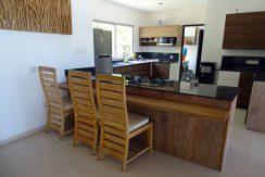 bali-beachfront-villa-for-sale-kitchen