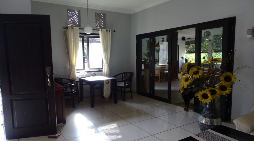 bali-lovina-town-house-for-sale-2