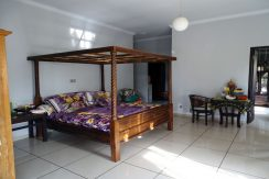 bali-lovina-town-house-for-sale-master-bed