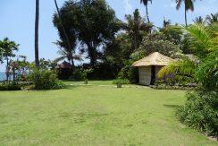 north-balioceanfront-villa-garden-bale-1
