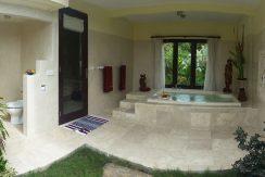 bali-oceanfront-hotel-resort-for-sale-bathroom