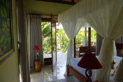 bali-oceanfront-hotel-resort-for-sale-bedroom