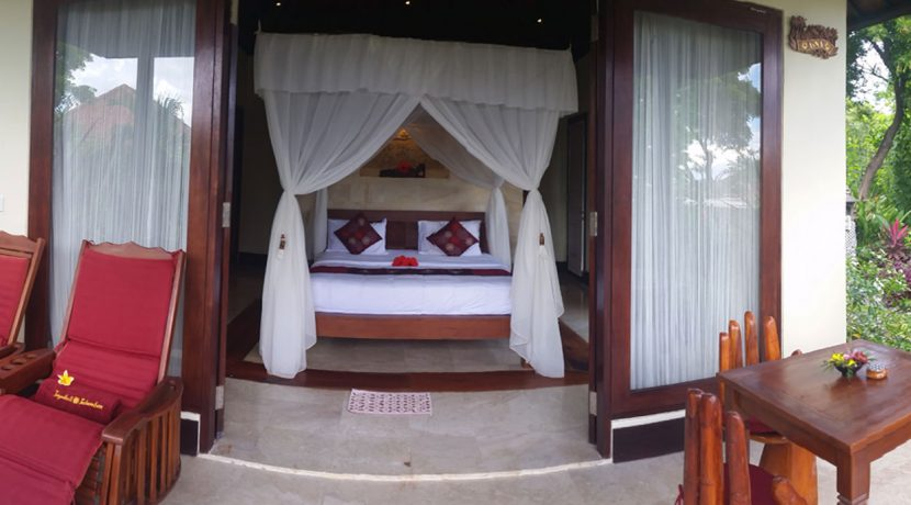 bali-oceanfront-hotel-resort-for-sale-bedroom2