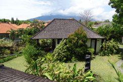 bali-oceanfront-hotel-resort-for-sale-bungalow