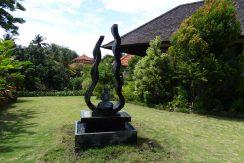bali-oceanfront-hotel-resort-for-sale-garden-art