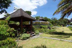 bali-oceanfront-hotel-resort-for-sale-garden-bale