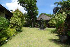 bali-oceanfront-hotel-resort-for-sale-garden-bungalow