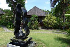 bali-oceanfront-hotel-resort-for-sale-garden-spring