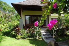 bali-oceanfront-hotel-resort-for-sale-garden-villa