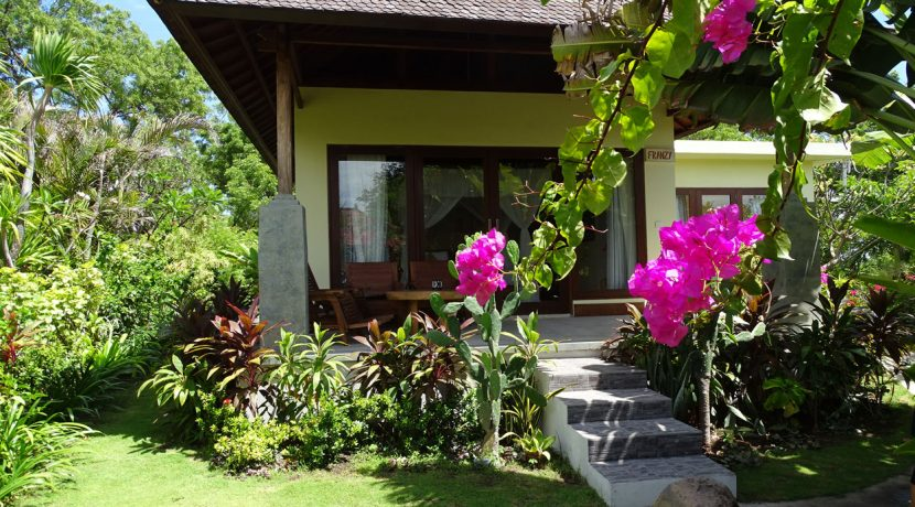 bali-oceanfront-hotel-resort-for-sale-garden-villa