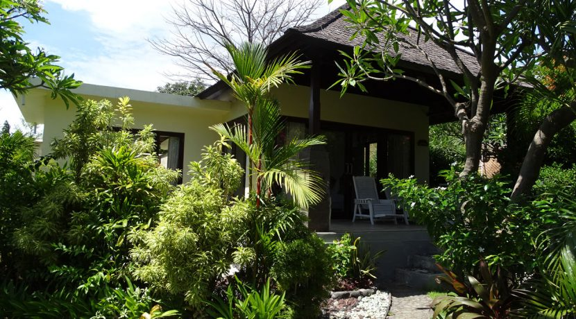 bali-oceanfront-hotel-resort-for-sale-house