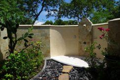 bali-oceanfront-hotel-resort-for-sale-outddor-shower