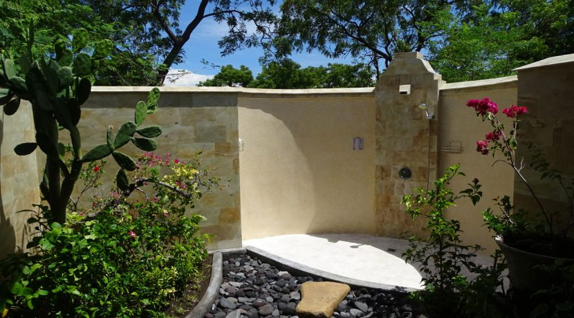bali-oceanfront-hotel-resort-for-sale-outddor-shower