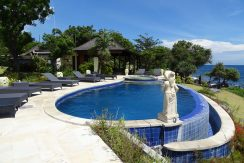 bali-oceanfront-hotel-resort-for-sale-pool