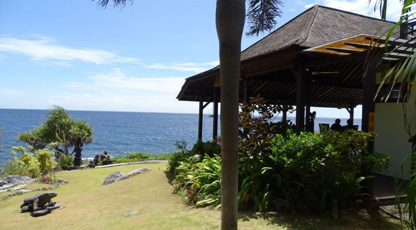 bali-oceanfront-hotel-resort-for-sale-restaurant
