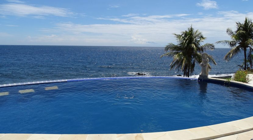bali-oceanfront-hotel-resort-for-sale-seafront-pool