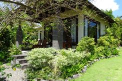 bali-oceanfront-hotel-resort-for-sale-villa