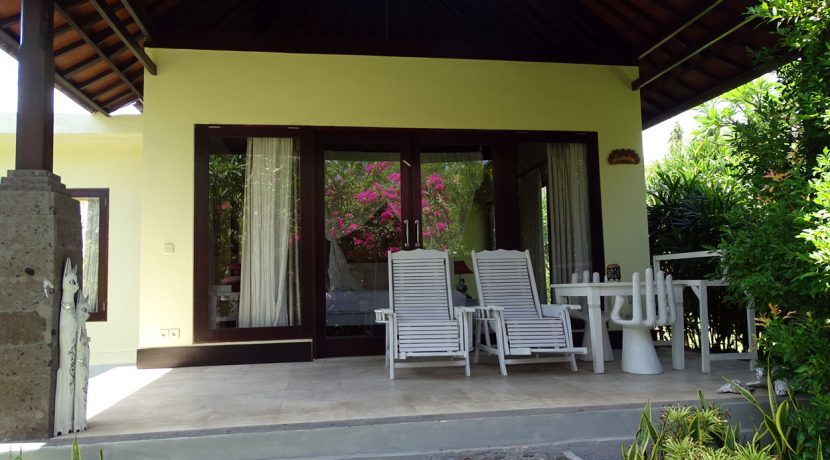 bali-oceanfront-hotel-resort-for-sale-villa-terrace