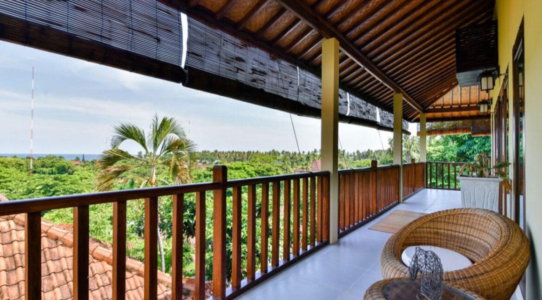 bali-lovina-sea-view-villa-balkon