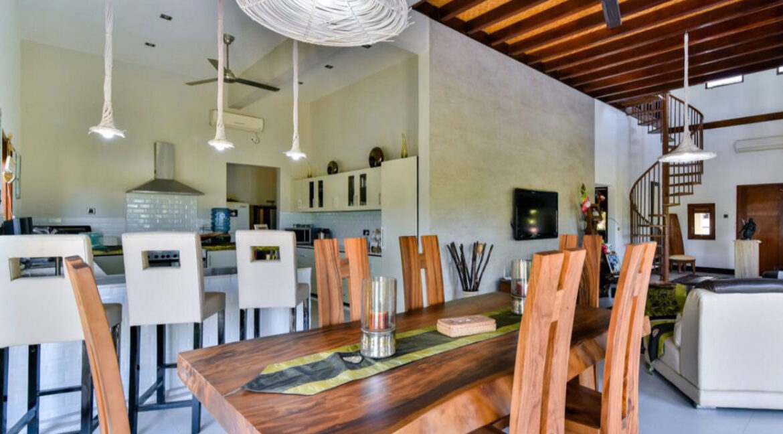 bali-lovina-sea-view-villa-dining-kitchen