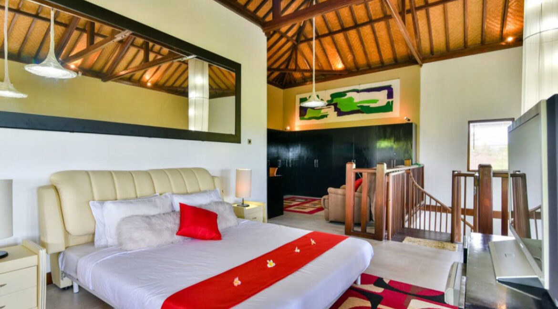 bali-lovina-sea-view-villa-guest-bed