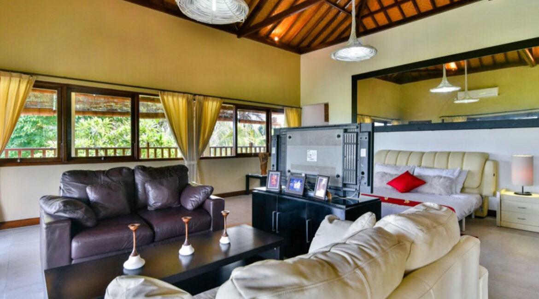 bali-lovina-sea-view-villa-living-lounge