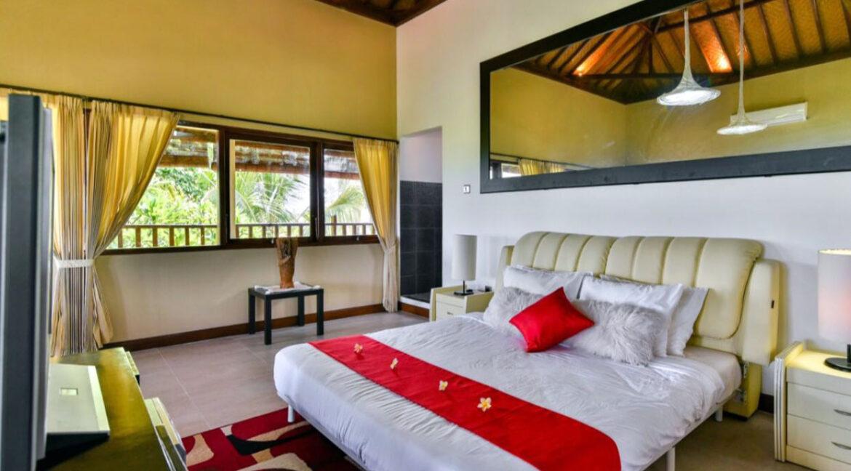 bali-lovina-sea-view-villa-master-bed