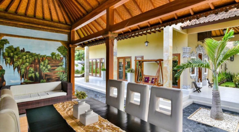 bali-lovina-sea-view-villa-outdoor-dining