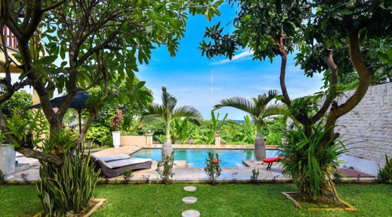 bali-lovina-sea-view-villa-pool-garden