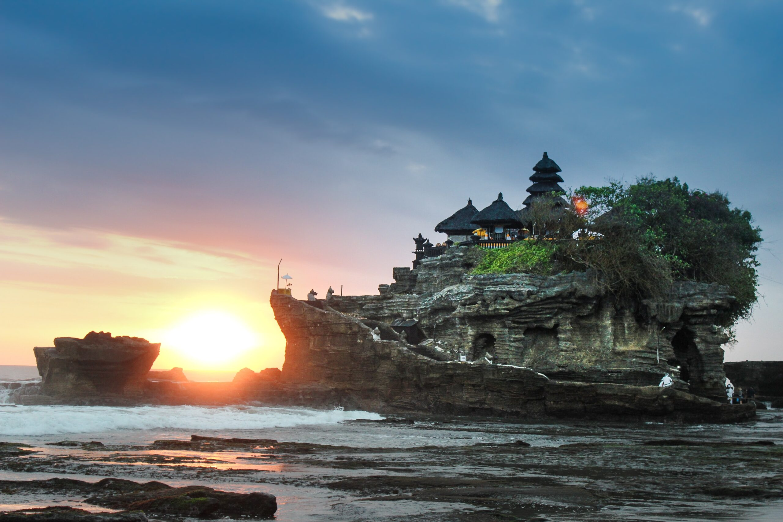 Bali aims to reopen