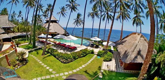 Bali Dive Resort for sale – fully equipped beachfront villa resort