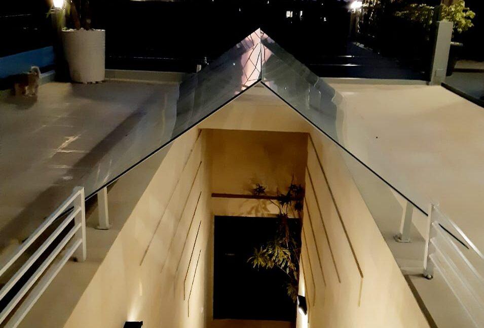 lovina-villa-sale-hallway