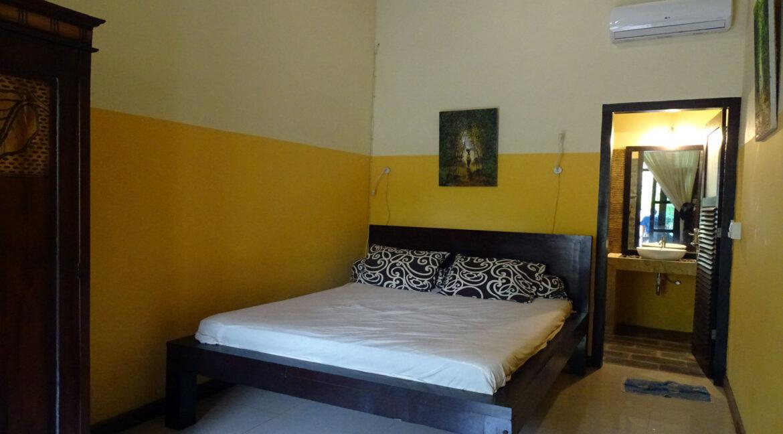 north-bali-lovina-house-sale-room
