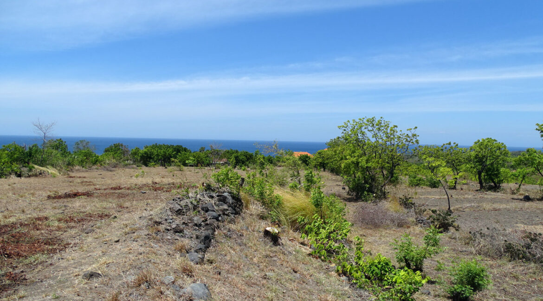 bali-tulamben-sea-view-land-3