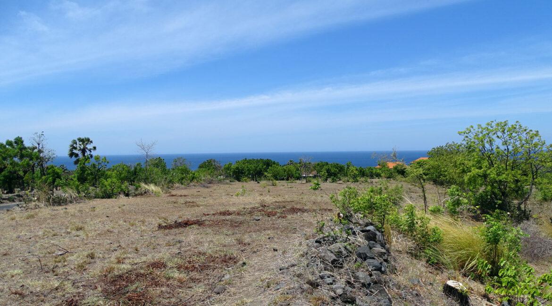 bali-tulamben-sea-view-land-4
