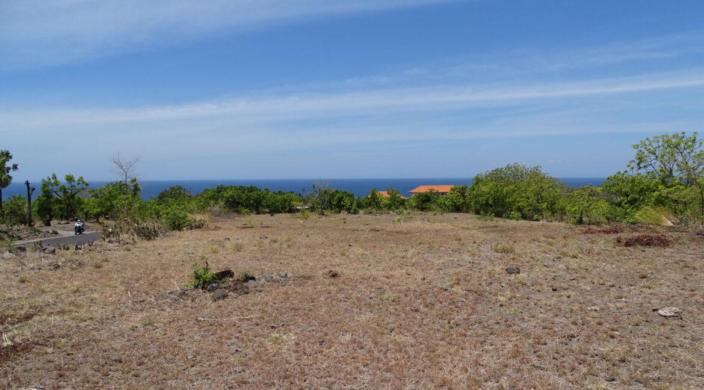 bali-tulamben-sea-view-land-5
